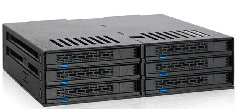 IcyDock ExpressCage MB326SP-B